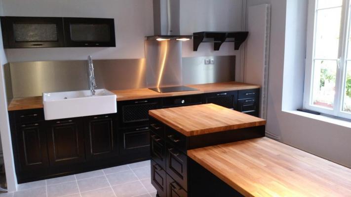 cuisine type bistro noire. Black Bedroom Furniture Sets. Home Design Ideas
